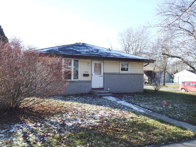Cudahy WI Single Family Home For Sale: $150,000