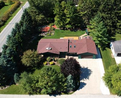 Sheboygan Single Family Home Active Contingent With Offer: 4556 S 14th St
