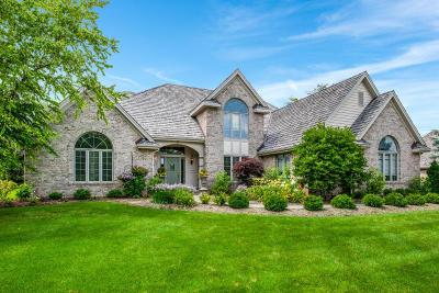 Ozaukee County Single Family Home For Sale: 11327 Rudella Rd