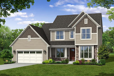 Waukesha County Single Family Home For Sale: 677 Twin Creeks Dr
