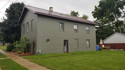 Watertown Single Family Home For Sale: 808 Vine St