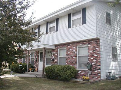 Waukesha Two Family Home For Sale: 317 Darlene Dr #319