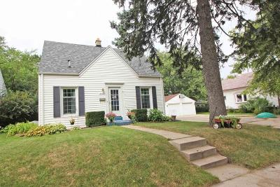 West Allis Single Family Home For Sale: 2575 S 77th St