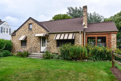 Milwaukee County Single Family Home For Sale: 4340 S 43rd St