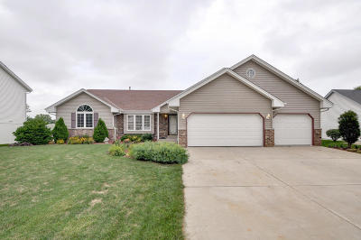 Racine County Single Family Home Active Contingent With Offer: 2120 Parkway Dr