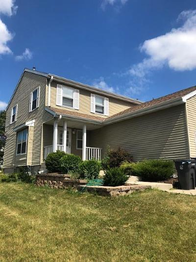 Waukesha Two Family Home For Sale: 228 Joellen Drive #230