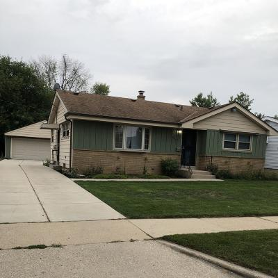Milwaukee Single Family Home For Sale: 4185 N 77th