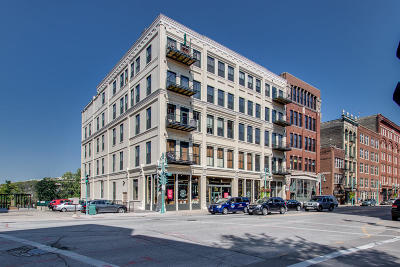 Milwaukee Condo/Townhouse For Sale: 201 N Water St #305