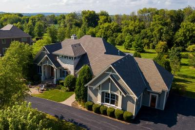 Pewaukee Single Family Home Active Contingent With Offer: N39w23612 Grey Fox Ct