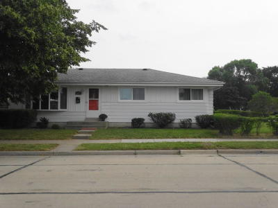 Racine County Single Family Home For Sale: 4219 Pierce Blvd