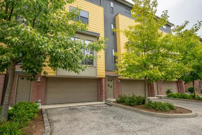 Waukesha Condo/Townhouse For Sale: 305 Mill Reserve Dr