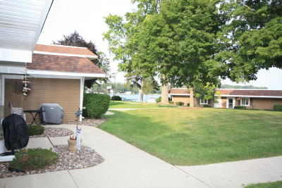 Racine County Condo/Townhouse For Sale: 2501 S Browns Lake Dr #F-13