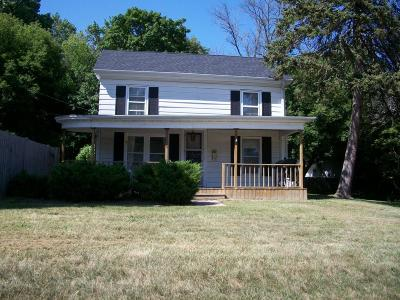 Racine County Single Family Home For Sale: 2416 Spring St