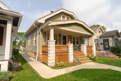 Milwaukee County Single Family Home For Sale: 3143 S Nevada St