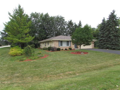 Racine County Single Family Home For Sale: 3534 Weston Dr