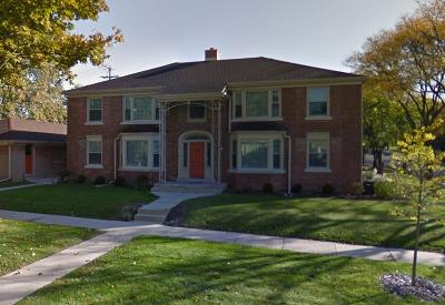 Milwaukee County Multi Family Home For Sale: 2308 N 81st St