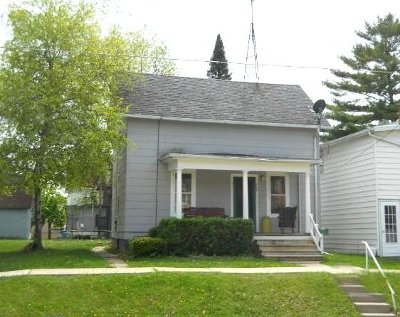 Watertown Single Family Home Active Contingent With Offer: 607 Cole St