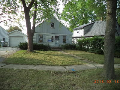 Milwaukee Single Family Home For Sale: 4723 W Montrose #Ave