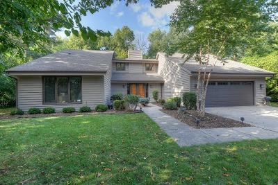 Milwaukee Single Family Home Active Contingent With Offer: 5120 W Donges Ct
