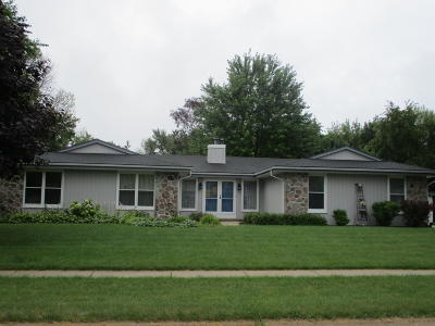 Muskego Single Family Home Active Contingent With Offer: S78w18287 Lions Park Dr