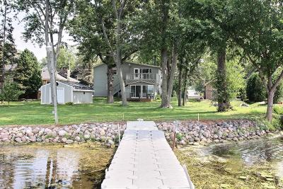 Mukwonago Single Family Home For Sale: 115 Shore Dr