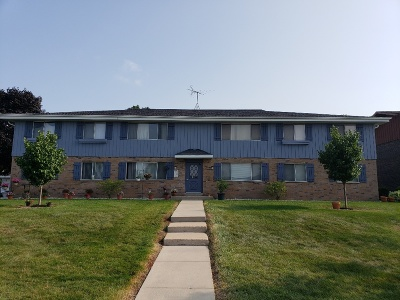 Franklin Condo/Townhouse Active Contingent With Offer: 10237 W Whitnall Edge Dr #102