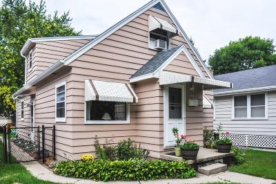 West Allis WI Single Family Home Active Contingent With Offer: $139,900