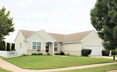 Waukesha Single Family Home Active Contingent With Offer: 2956 Stillwater Cir
