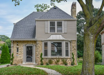 Milwaukee Single Family Home Active Contingent With Offer: 2838 N Lefeber Ave