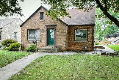 West Allis Single Family Home For Sale: 2450 S 60th St