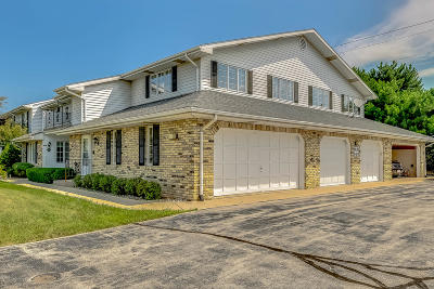 Kenosha Condo/Townhouse Active Contingent With Offer: 8610 30th Ave #203