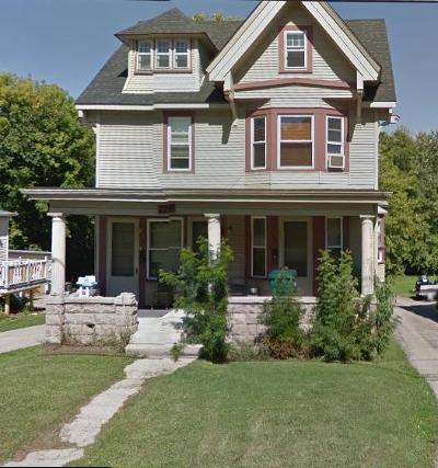 Hartford Multi Family Home For Sale: 226 W Sumner St