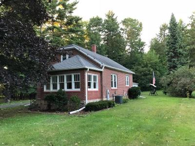 Coleman Single Family Home Active Contingent With Offer: 428 E Main