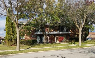 Milwaukee Multi Family Home For Sale: 9015 N 96th St