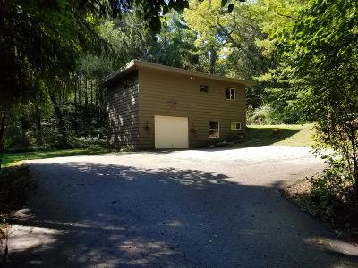 Whitewater Single Family Home Active Contingent With Offer: N392 Oak Clay Dr