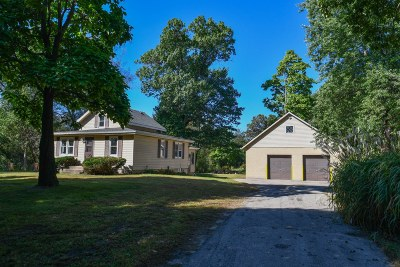 Mukwonago Single Family Home Active Contingent With Offer: W325s10373 Beulah Rd