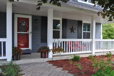 Muskego Single Family Home For Sale: W183s8570 Sue Marie Ln