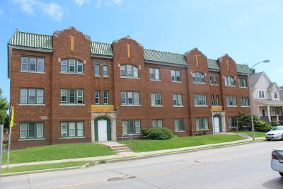 Milwaukee Multi Family Home For Sale: 1950 N 20th St #1958