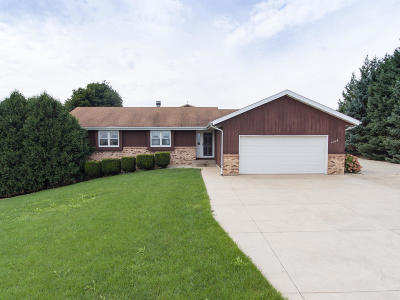 Kenosha County Single Family Home For Sale: 7216 288th Ave