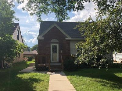 West Allis Single Family Home Active Contingent With Offer: 1001 S 115th St