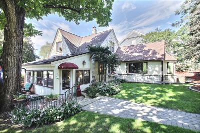 Oconomowoc Single Family Home For Sale: W343n6227 S Bayview Rd