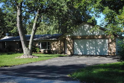 Pleasant Prairie WI Single Family Home For Sale: $189,900