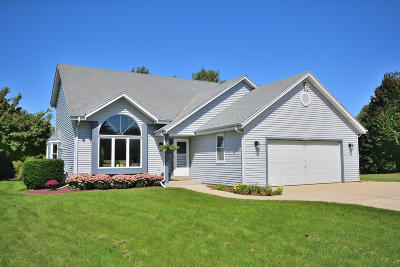 Germantown Single Family Home Active Contingent With Offer: N103w17108 Wildrose Ln