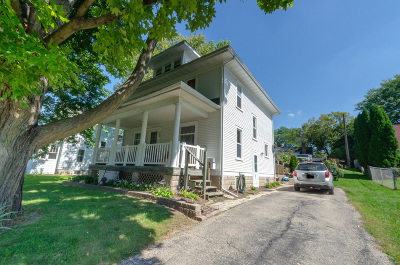 Waterloo Single Family Home Active Contingent With Offer: 518 Lum Ave