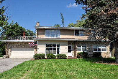Menomonee Falls Two Family Home Active Contingent With Offer: N91w16644 Pershing Ave #48