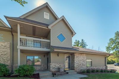 Menomonee Falls Condo/Townhouse Active Contingent With Offer: N80w12900 Fond Du Lac #5