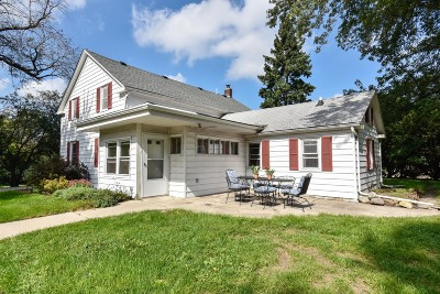 Mequon Single Family Home Active Contingent With Offer: 511 W Mequon Rd