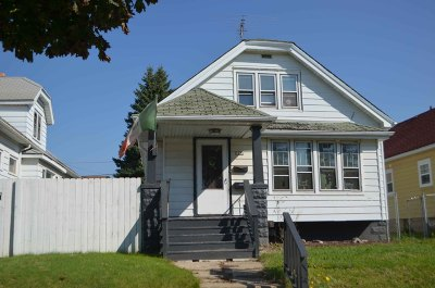 Single Family Home Sold: 1920 S Windlake Ave