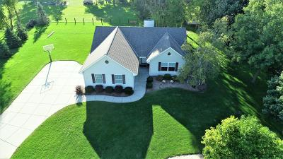 Belgium Single Family Home For Sale: 121 Lincoln Ct