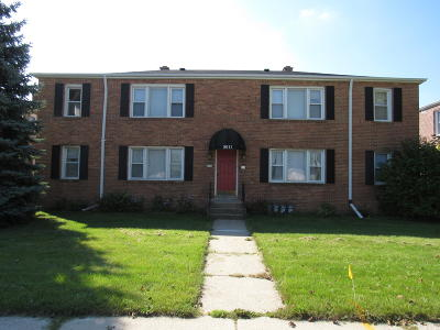 Milwaukee Multi Family Home Active Contingent With Offer: 8011 W Burleigh